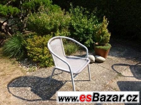 Zahradní křesílka stohovatelná-hliník lak. s výpletem