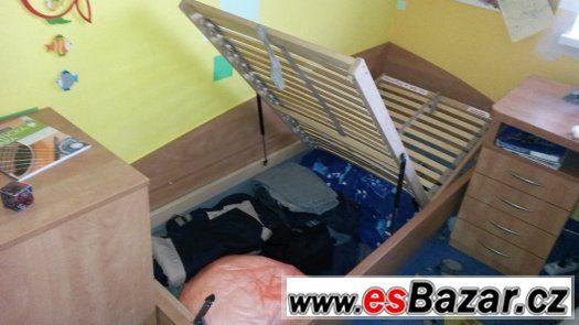 Jednolůžková postel, masiv