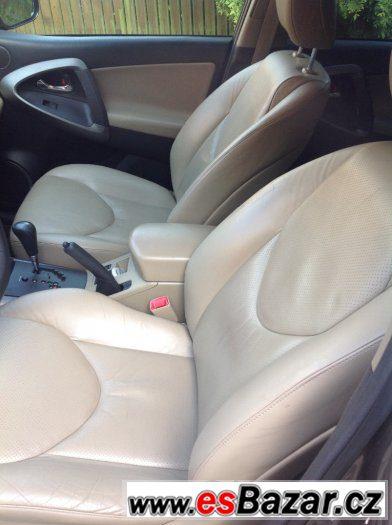 Toyota rav4 2,2 D-CAT 6 A/T Executive max. vybava, kuze