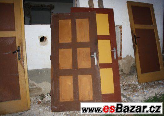 Vchodové a vnitřní dveře