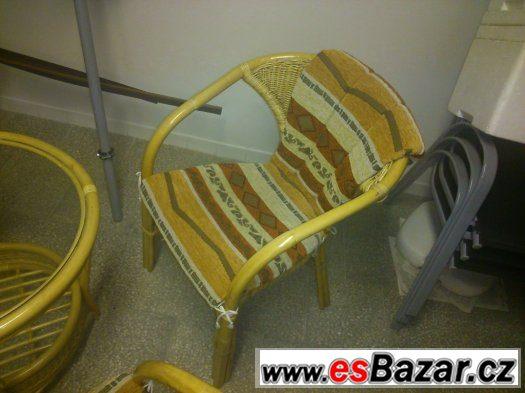 Nový ratanový nábytek