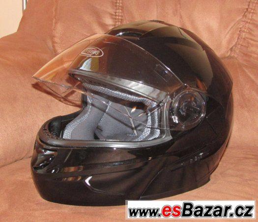 Nová helma CYBER S