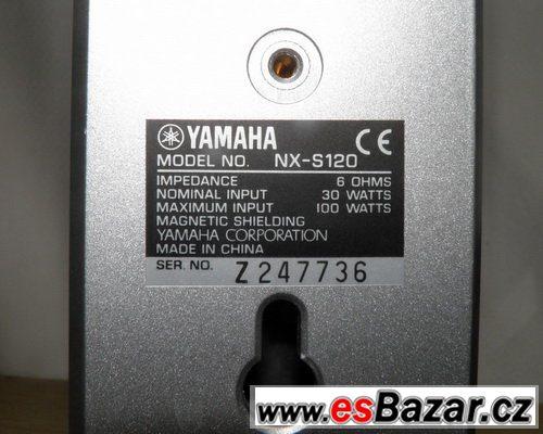 Domácí kino Yamaha.