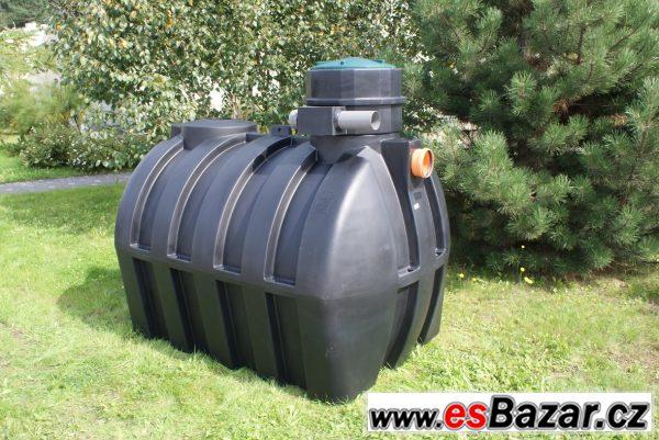 c2ccb645f Plastová nádrž na dešťovou vodu 4m3, Pardubice, sbazar, avízo, bazoš