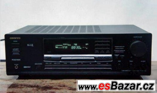 Domácí kino - AM/FM receiver Onkyo.