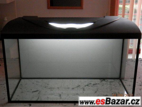 Akvárium s osvětlením 130 litrů