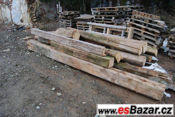 Darujte za odvoz dřevo