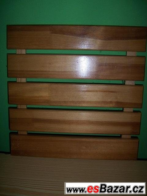 Dřevěné dlaždice 50 x 50 cm