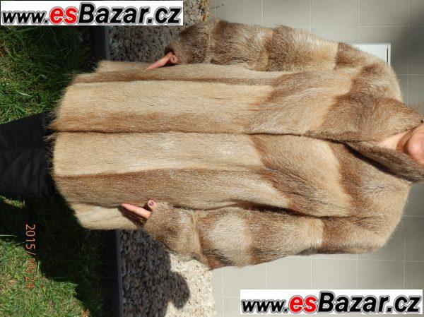 Prodám krásný dámský kožich z pravé kožešiny vel.XXl 7b74af8f5d