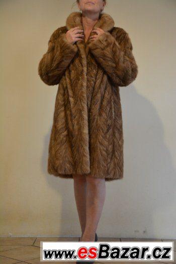 Prodám norkový kožich-délka 100cm Krásný  01c8e240e6