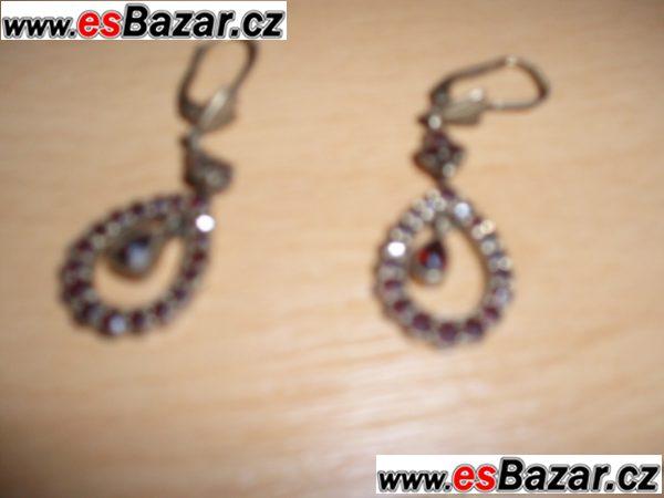 šperky s českými granáty
