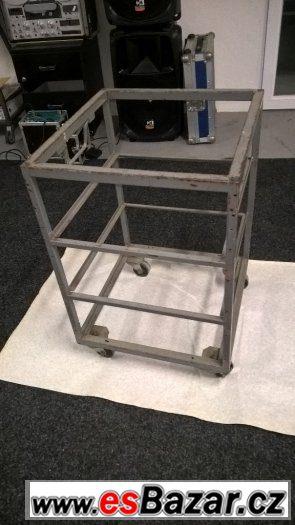 Ocelový rack 12U