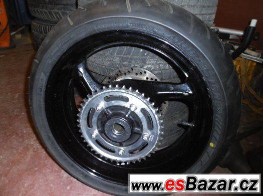 Suzuki GSF 1250 (bandit)- Kompletní zadní kolo