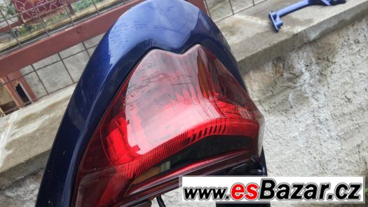 SUZUKI GSF 1250 - podsedlak+svetlo