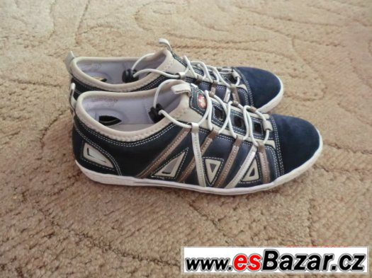 Sportovní boty zn. Riecker