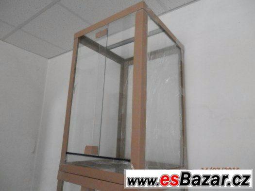 Terárium 60x60x100 cm, nové, strojně broušené...