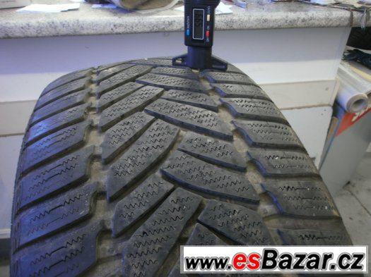 Prodám 4 x zimní pneu Dunlop 245/45-17
