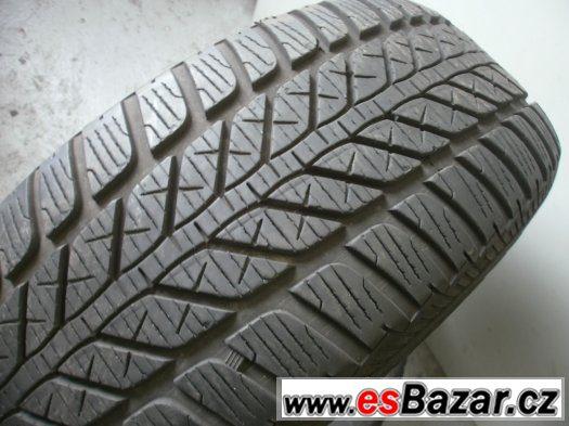 Prodám 2 x zimní pneu Fulda 215/65-16