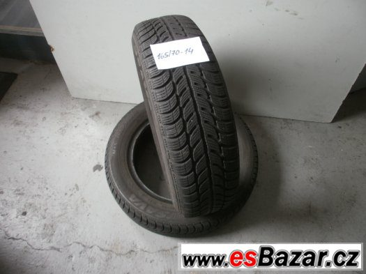 Prodám 2 x zimní pneu Sava 165/70-14