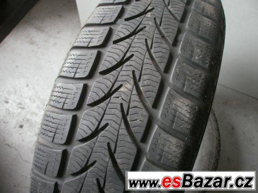 Prodám 2 x zimní pneu Platin 185/65-15