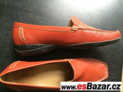 Dámské mokasíny - Oranžové barvy. Málo nošené. Značka Clarks
