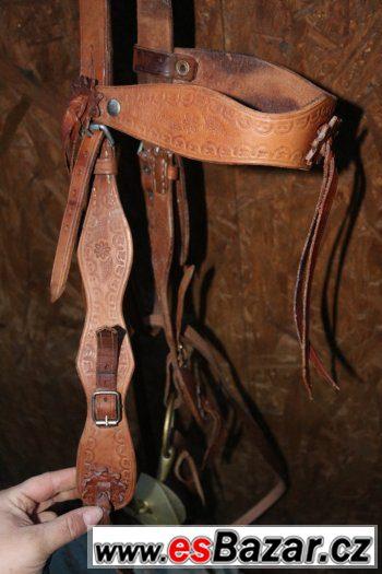 Prodám krásnou  westernovou uzdečku Full-XFull vč. otěží