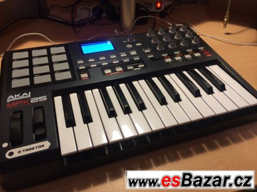 AKAI MPK 25 - MIDI CONTROLER, KEYBOARD, KLÁVESY