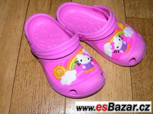 Crocs Hello Kitty 28