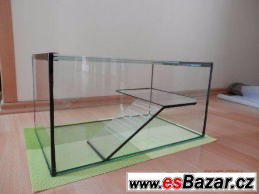 Prodám želvárium s ostrůvkem pro vodní želvičky 50 x 35 x 25