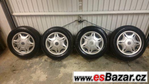 Disky 4x100 R14, zimní pneu 175/70 R14