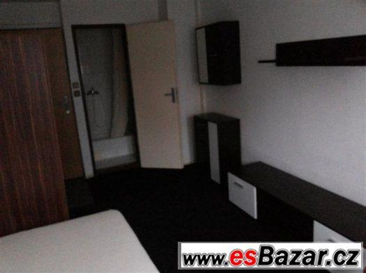 Dlouhod. ubytování v penzionu Praha 3 Jarov