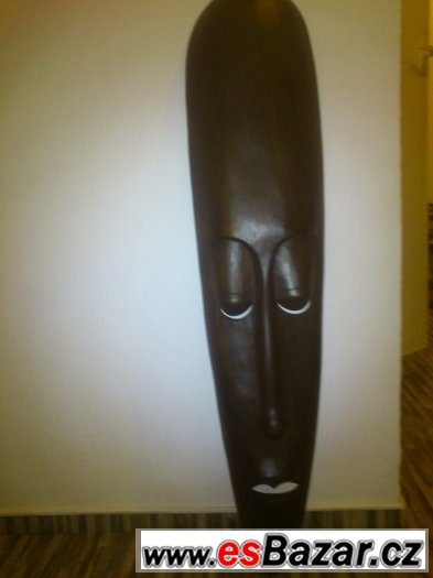 bafc677b29d Dřevěná maska
