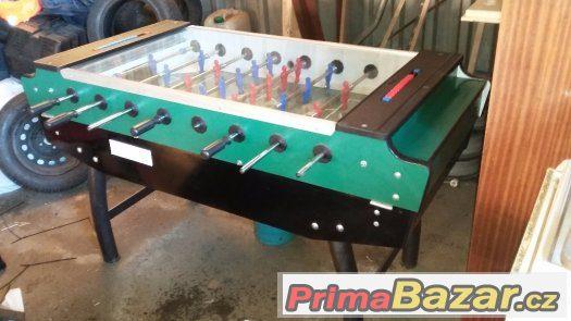 Stolní elektronický fotbal