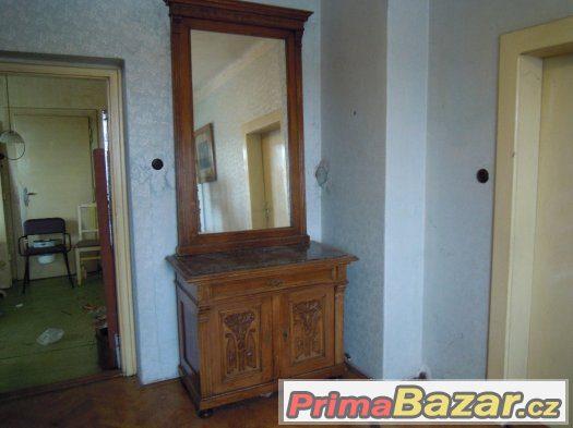 komoda se zrcadlem-prodej