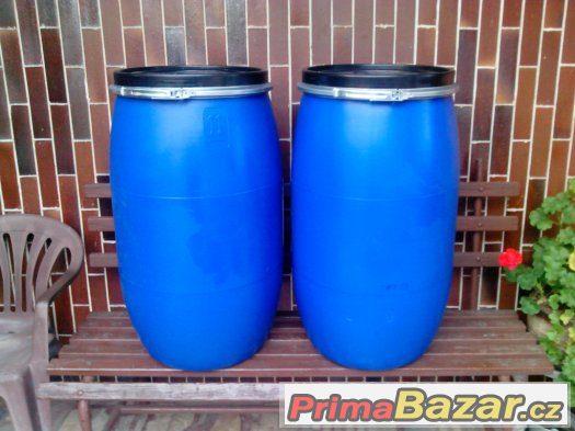 plastové sudy 150 l + 200l