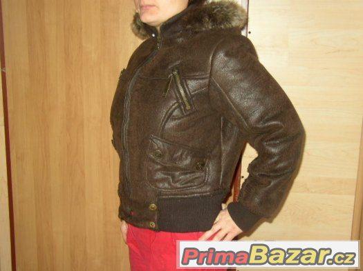 Zimní koženkavá bunda s beránkem PRSA 53cm