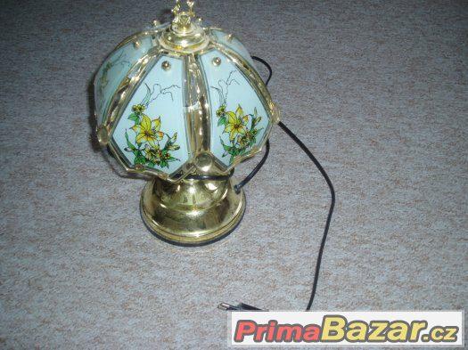 Dotyková stolní lampa