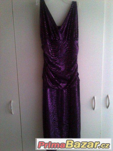 40b35b59b9c6 Prodám dámské společenské plesové šaty černofialové barvy ze značkového  butiku
