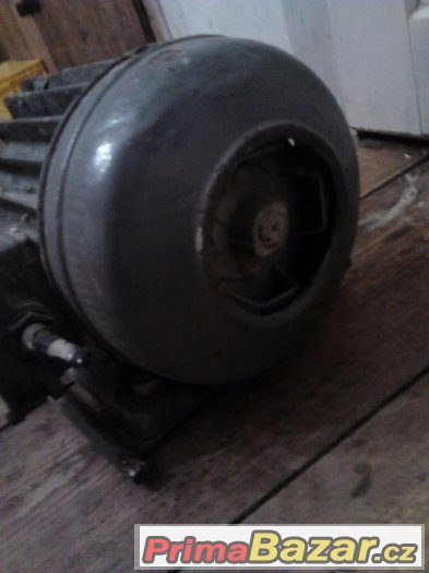 Patkový elektromotor