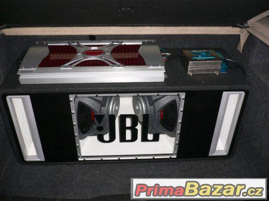 Subwoofer JBL,zesilovač TOXIC