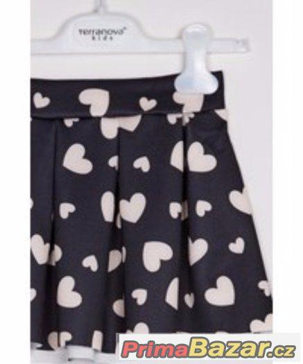 Koupím tuto sukni TERRANOVA volánová se srdíčky