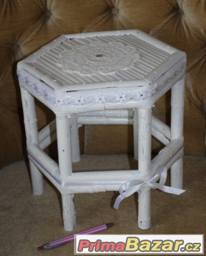 nepoužitá VINTAGE STOLIČKA židlička stoleček