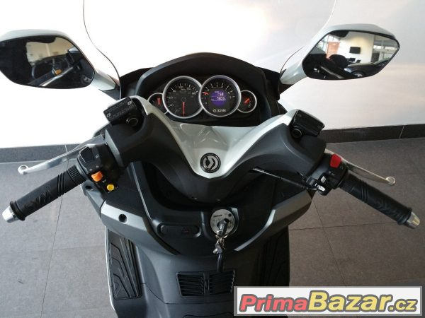 Skútr SYM GTS 125i ABS