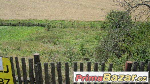 Pozemek pro malý RD 880 m2-rychlé jednání-SLEVA