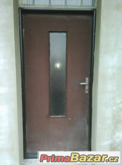 koupím venkovní vchodové dveře 90 pravé