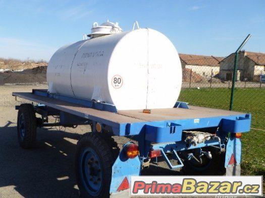 Cisterna na pitnou vodu 2 kusy