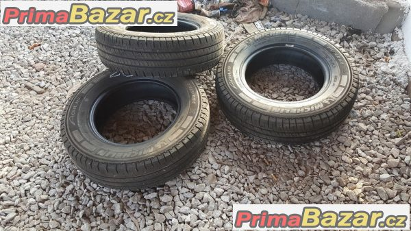 3xpneu-michelin-agilis-215-70-r15c-109-107-s-at-65-psi