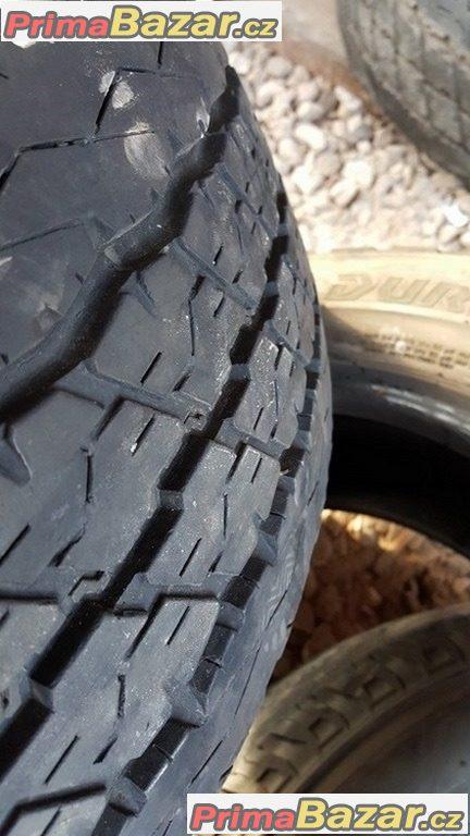 7xpneu Bridgestone Duravis R630 215/70 r15C 109/107S 10
