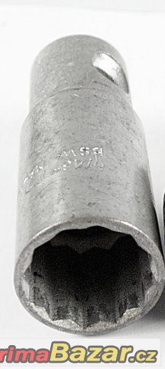 nástrčný klíč 21mm na zapalovací svíčky