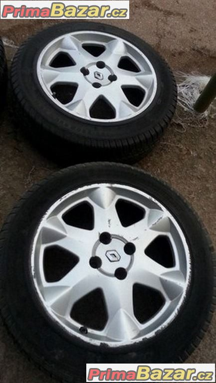 Renault Momo 4x100   pneu 195/60  r15